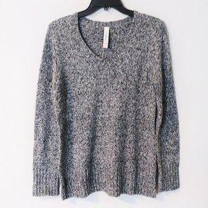 LA Blues Gray V-Neck Knit Sweater Medium